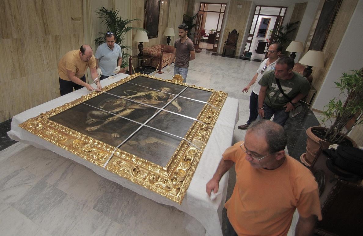 La restauración del cuadro de San Rafael llega a su última fase para exponerlo el próximo día 24