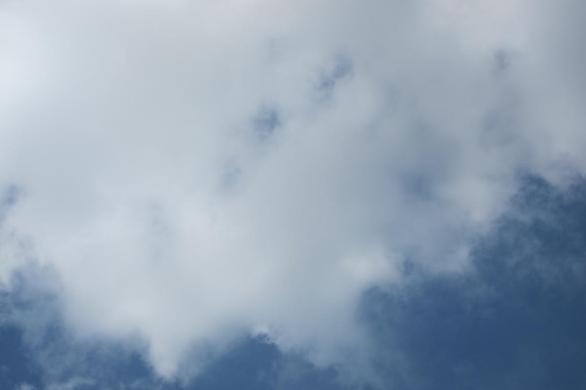 Canarias presenta este domingo intervalos nubosos con posibles lluvias al final del día