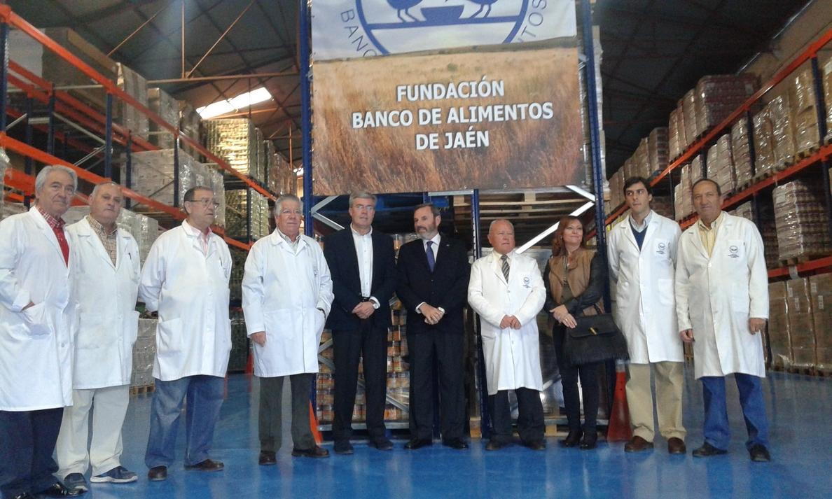 El Gobierno entrega al Ayuntamiento de la capital 1.400 kilos de alimentos para el albergue de temporeros