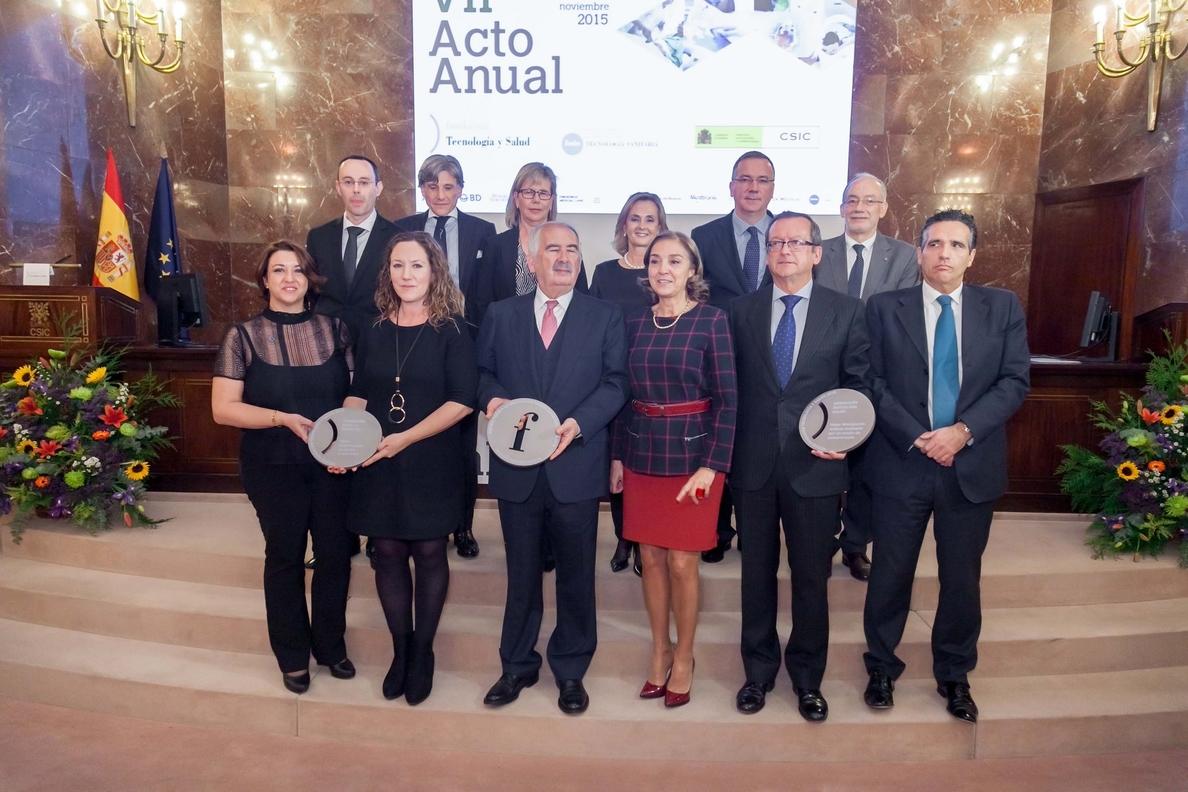 Carmen Vela entrega los premios Fenin y de la Fundación Tecnología y Salud