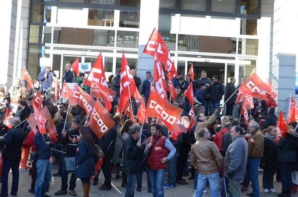 CCOO pide a la Junta que suscriba en Mesa General la reducción de la jornada laboral y la recuperación del 3% salarial