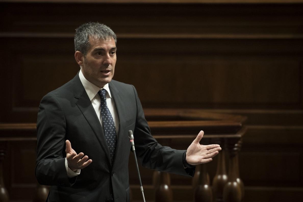 Clavijo exige sacar el REF de la financiación autonómica y apela a cerrar una estrategia «común» en las islas