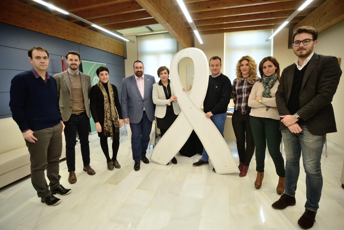 Delegados de la Junta en Granada abordan la necesidad de aunar fuerzas contra la violencia de género