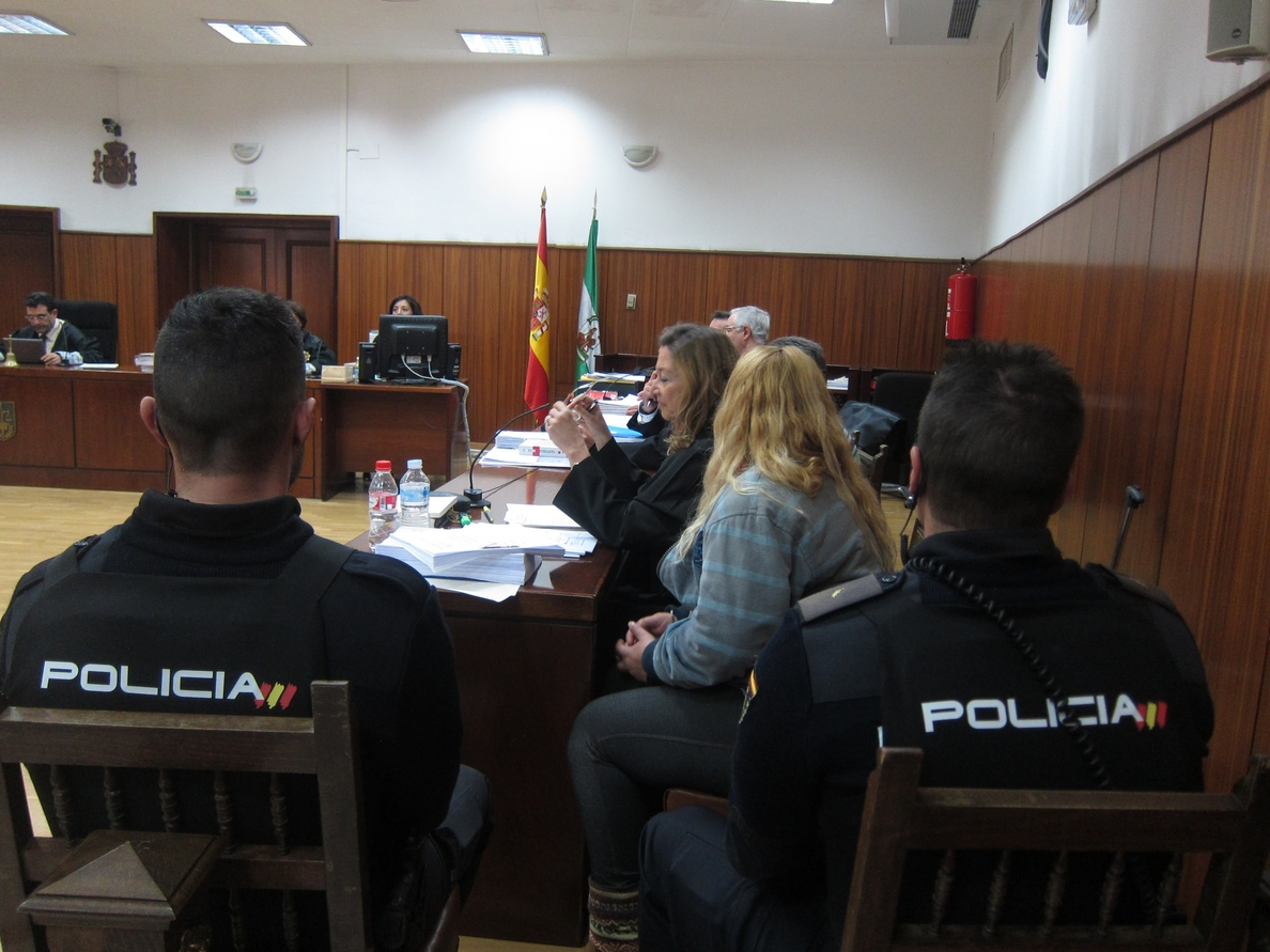 Testigos del caso de asesinato a golpes a una mujer advierten de «contradicciones» en el acusado