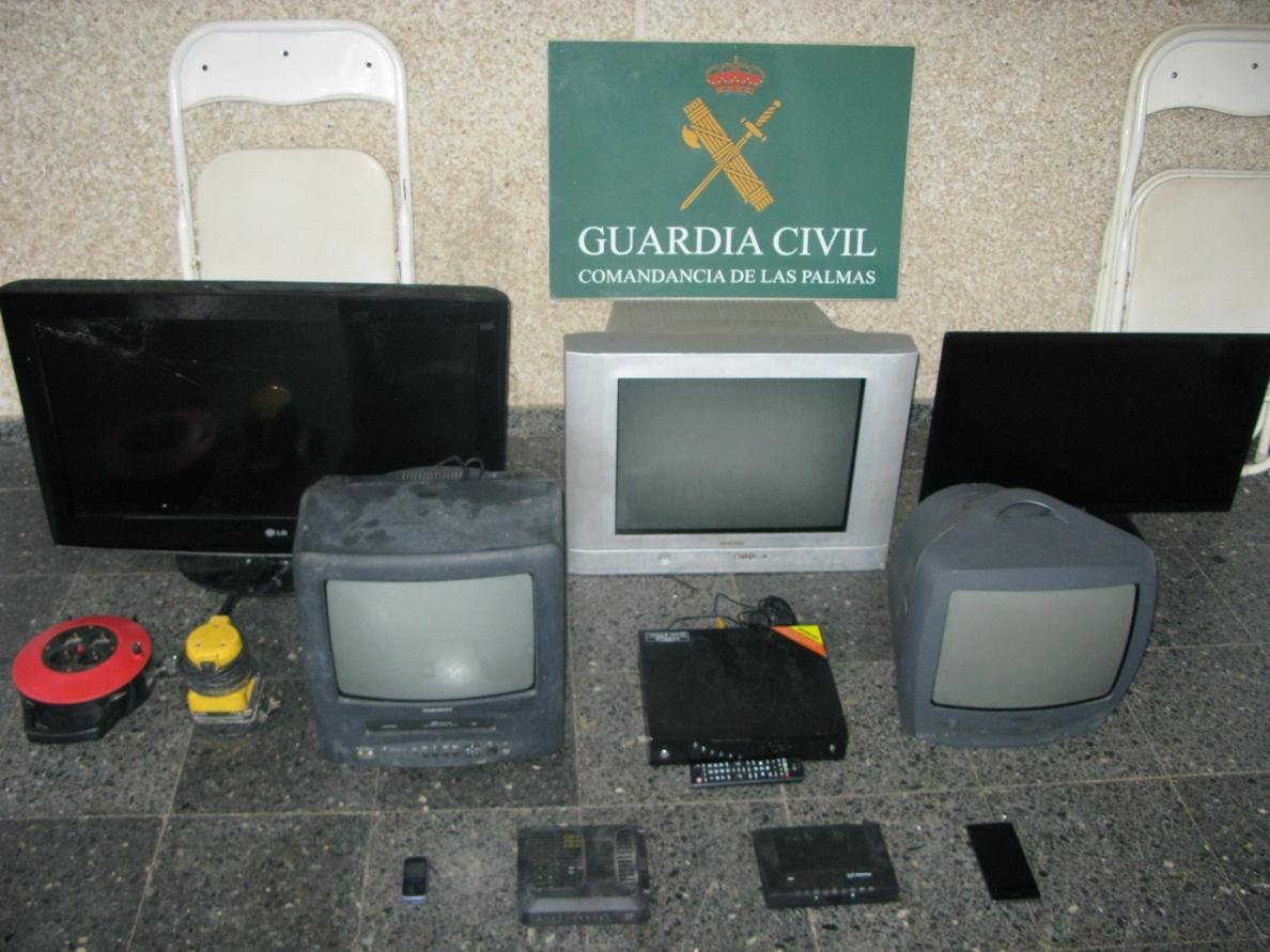 Detenido por robar en nueve viviendas usadas como segunda residencia de un mismo barrio de Gáldar (Gran Canaria)