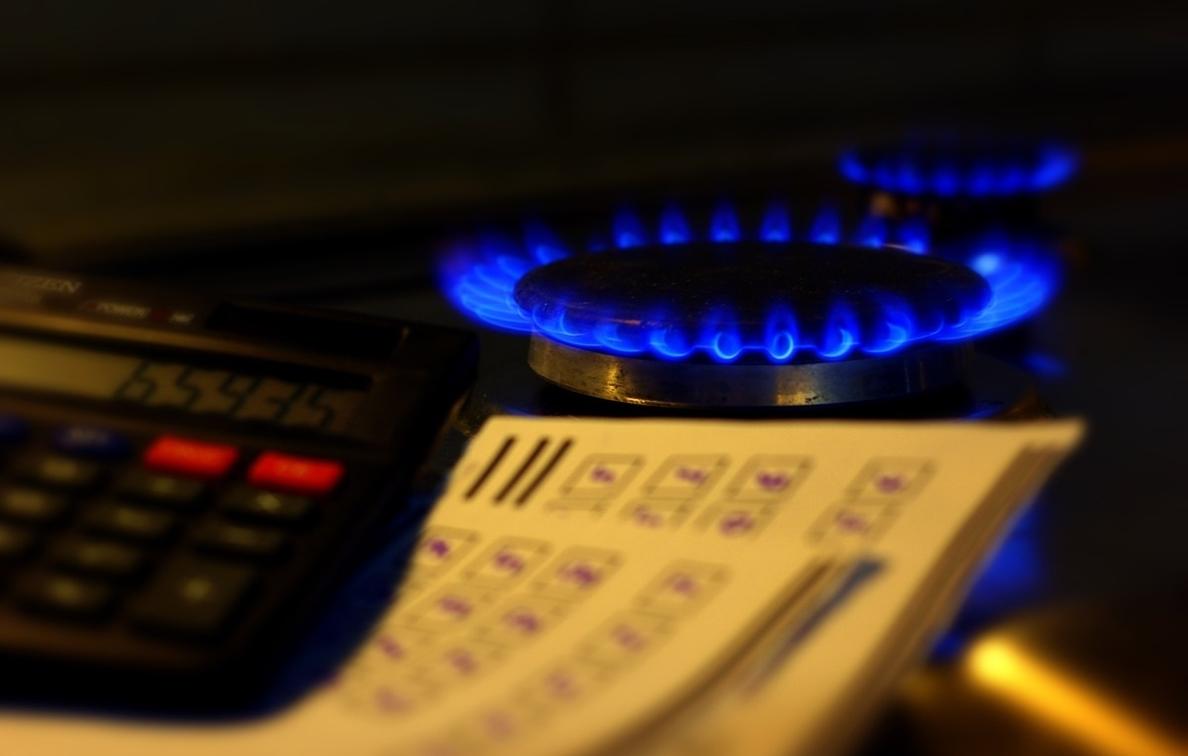 Según el Gobierno, sus medidas limitan la subida del precio del gas para hogares y pymes a un 4,3% frente al 35% previsto