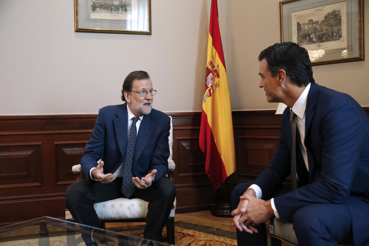 Rajoy reitera a Sánchez sus argumentos y le pide reflexión