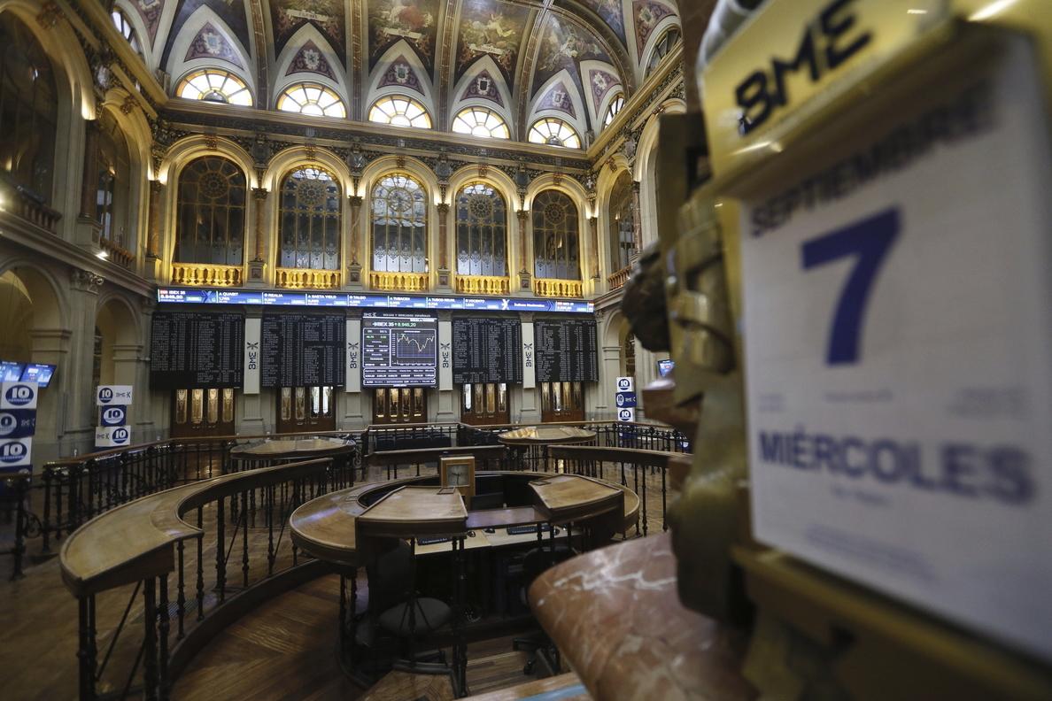 La Bolsa española sube el 0,40 % e intenta de nuevo su asalto a los 9.000