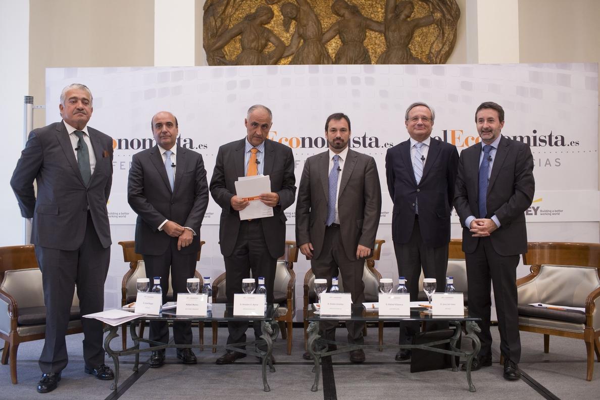 Endesa aboga por un pacto de Estado sobre energía y Repsol reclama estabilidad