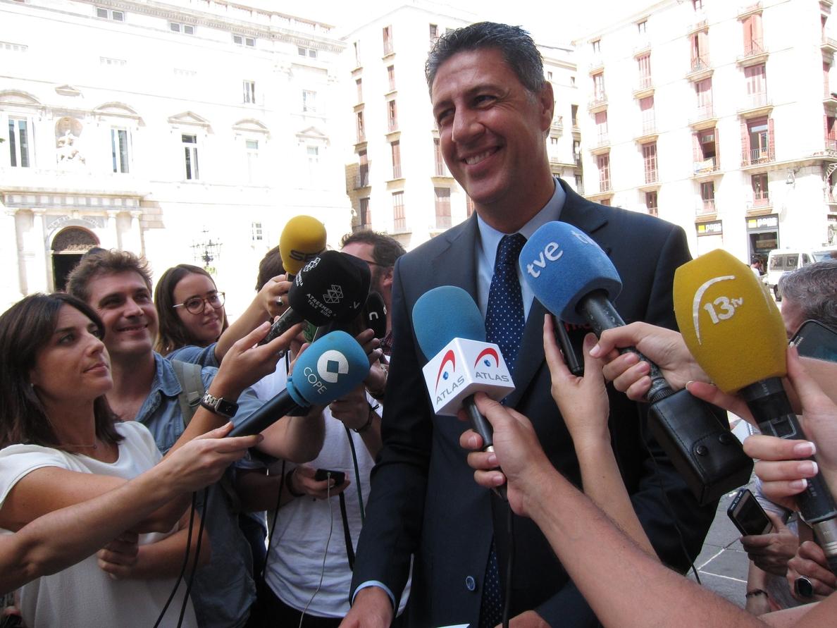 Albiol avisa a Puigdemont de que «pagará políticamente» acudir a la marcha de la Diada