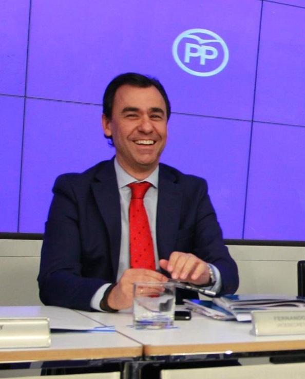 Maíllo (PP) advierte contra la imagen de moderación del PNV porque puede seguir el camino de Artur Mas