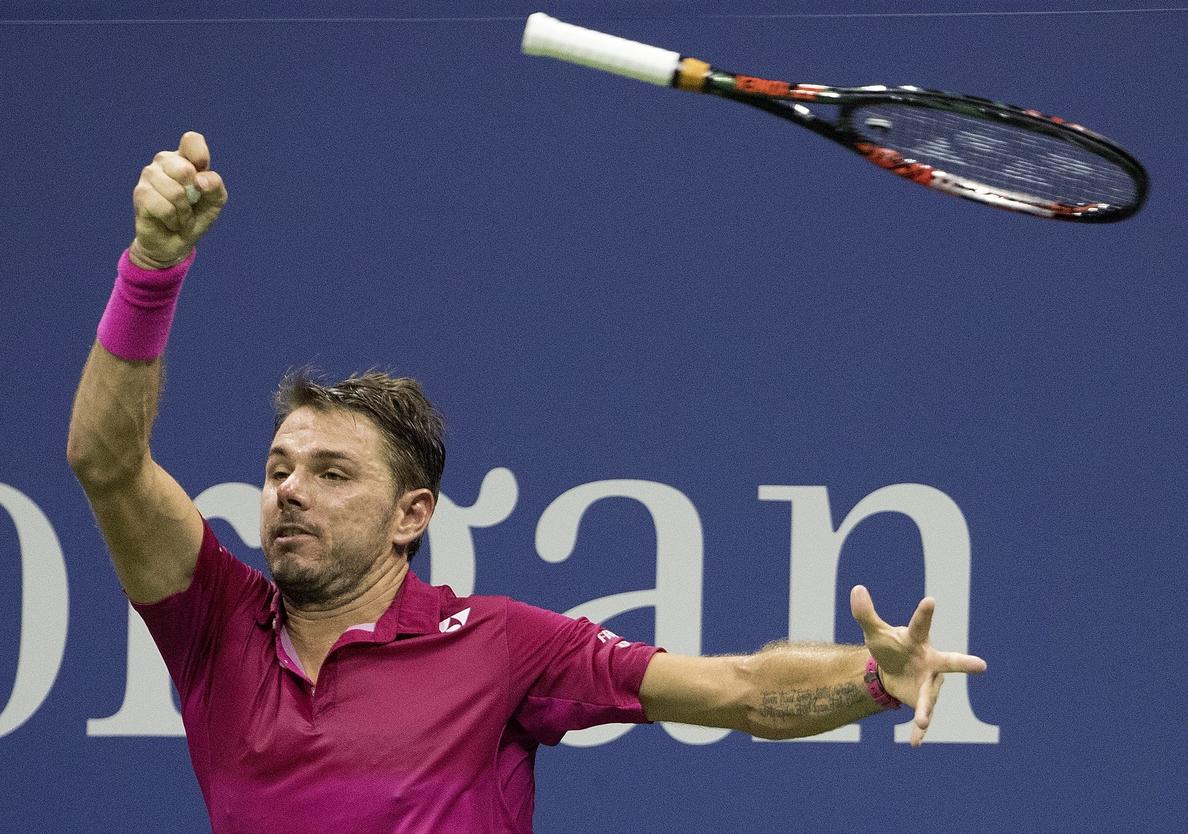 Wawrinka remonta ante Nishikori y jugará su primera final del Abierto con Djokovic