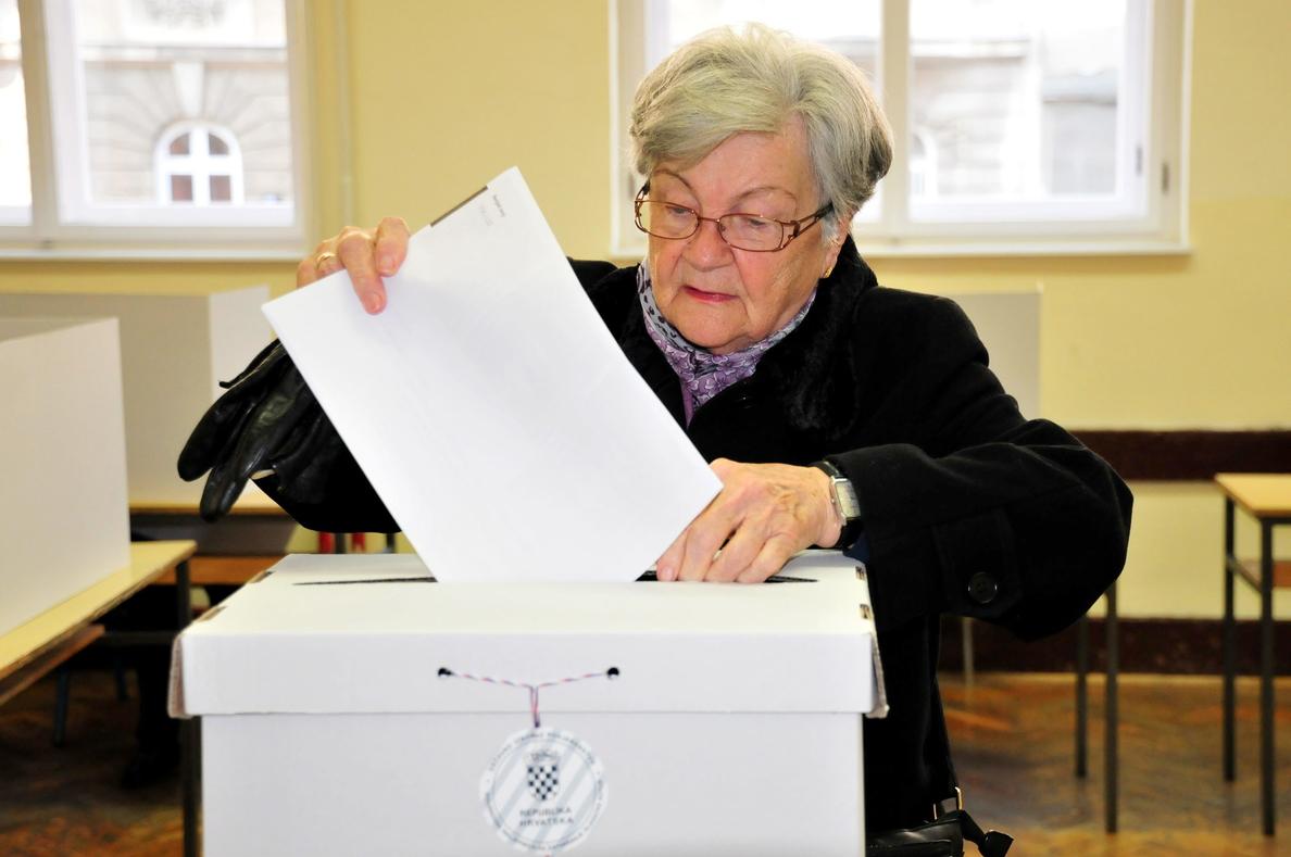 Comienza la votación en las elecciones anticipadas en Croacia