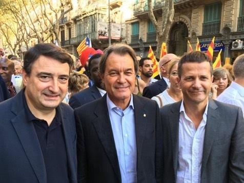 Esteban (PNV) lamenta que el Estado «no quiere» reconocer a Cataluña y País Vasco