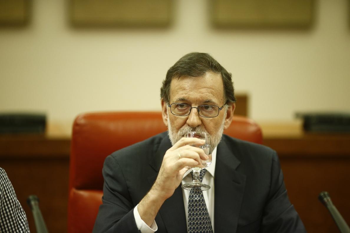 (Amp) Rajoy afirma que estudia «todas las fórmulas jurídicas» para minimizar el daño por el bloqueo de Sánchez