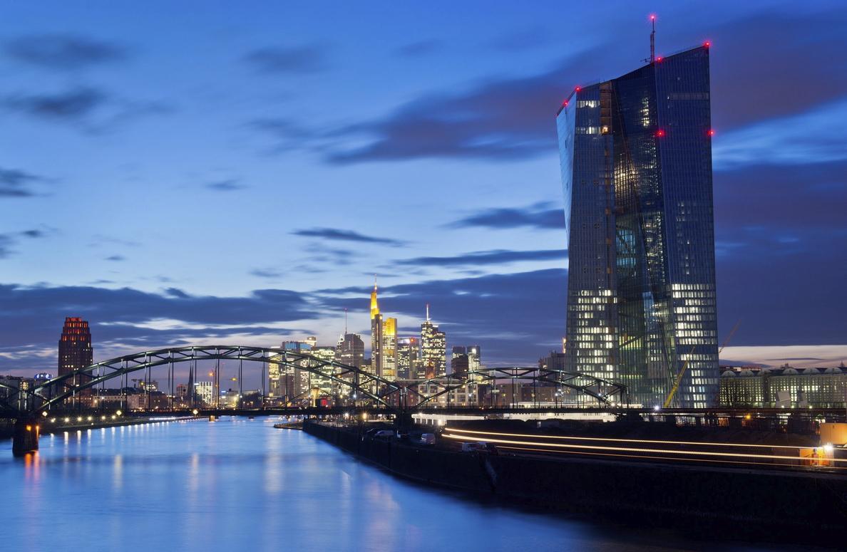El BCE reconoce que los bancos tardarán en reducir sus créditos problemáticos