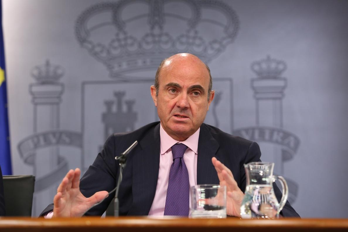 Guindos dice que no tuvo ningún «dilema moral» con las »black» y cuestiona la preparación de Rato en Bankia