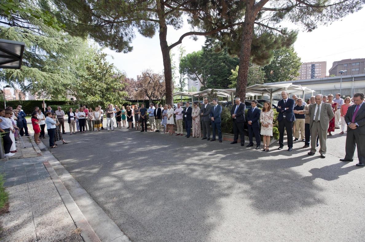 Trabajadores de Renfe guardan un minuto de silencio en memoria de las víctimas de O Porriño