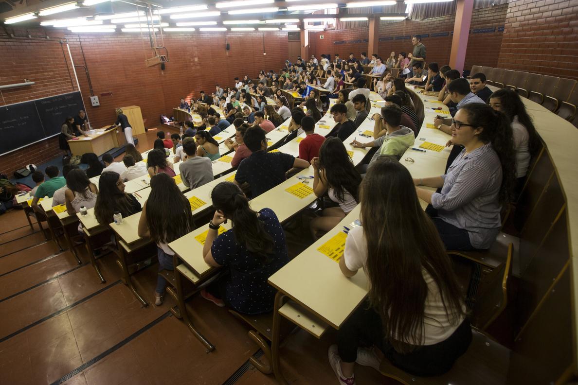 La Universidad española puede sufrir una «década perdida» por la crisis