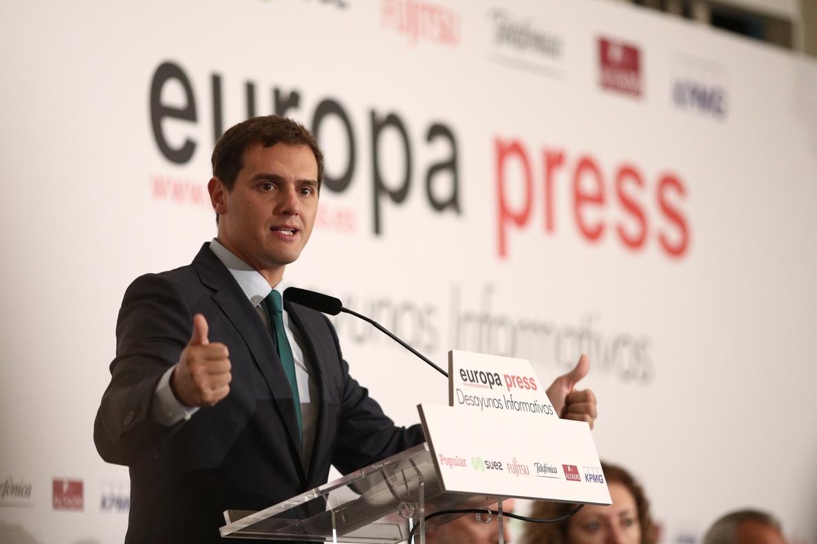 Rivera insta al Tribunal Constitucional a resolver ya si el Parlamento puede o no controlar al Gobierno
