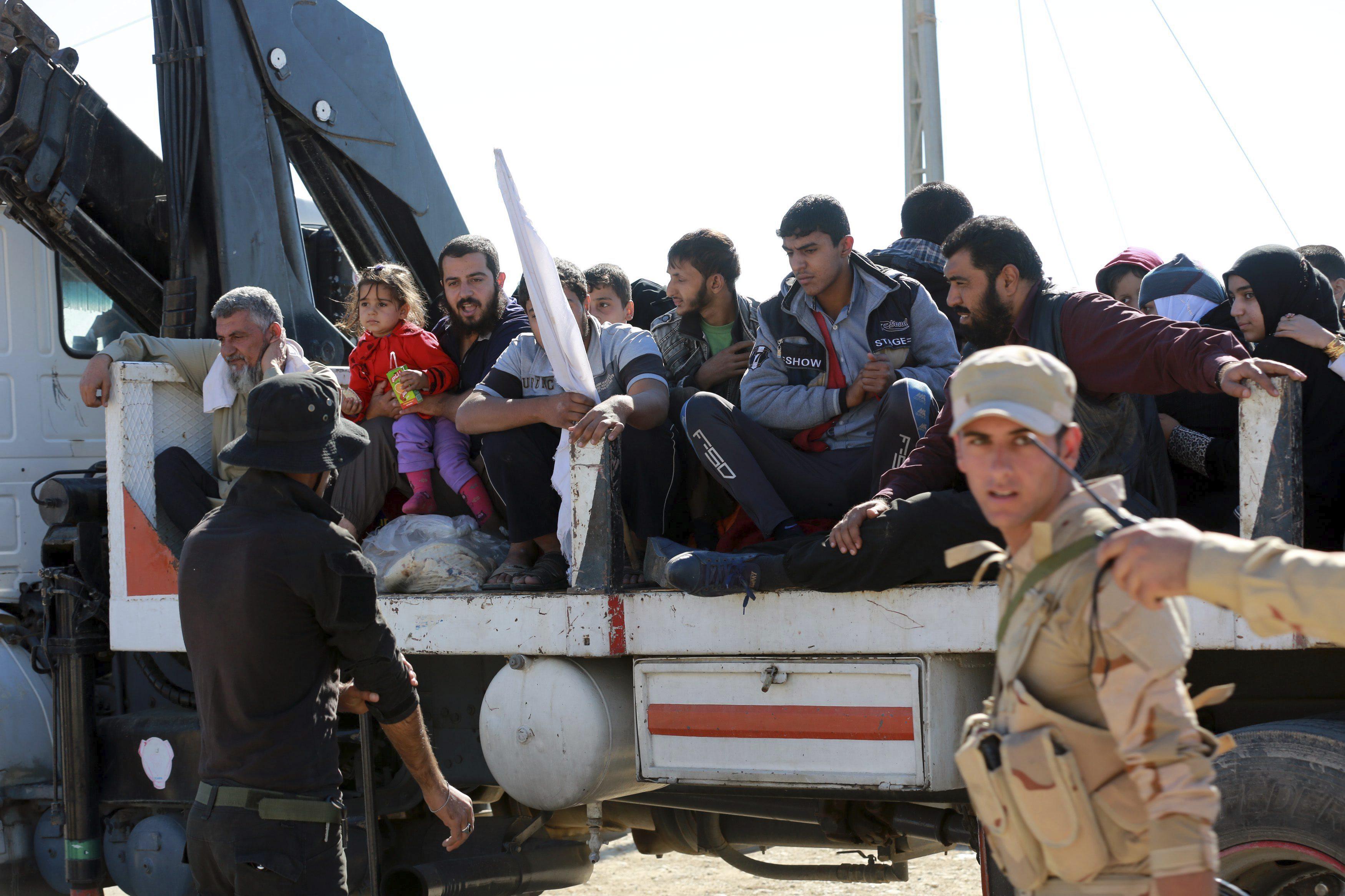 Así usan los yihadistas como »escudos humanos» a los civiles para resistir en Mosul