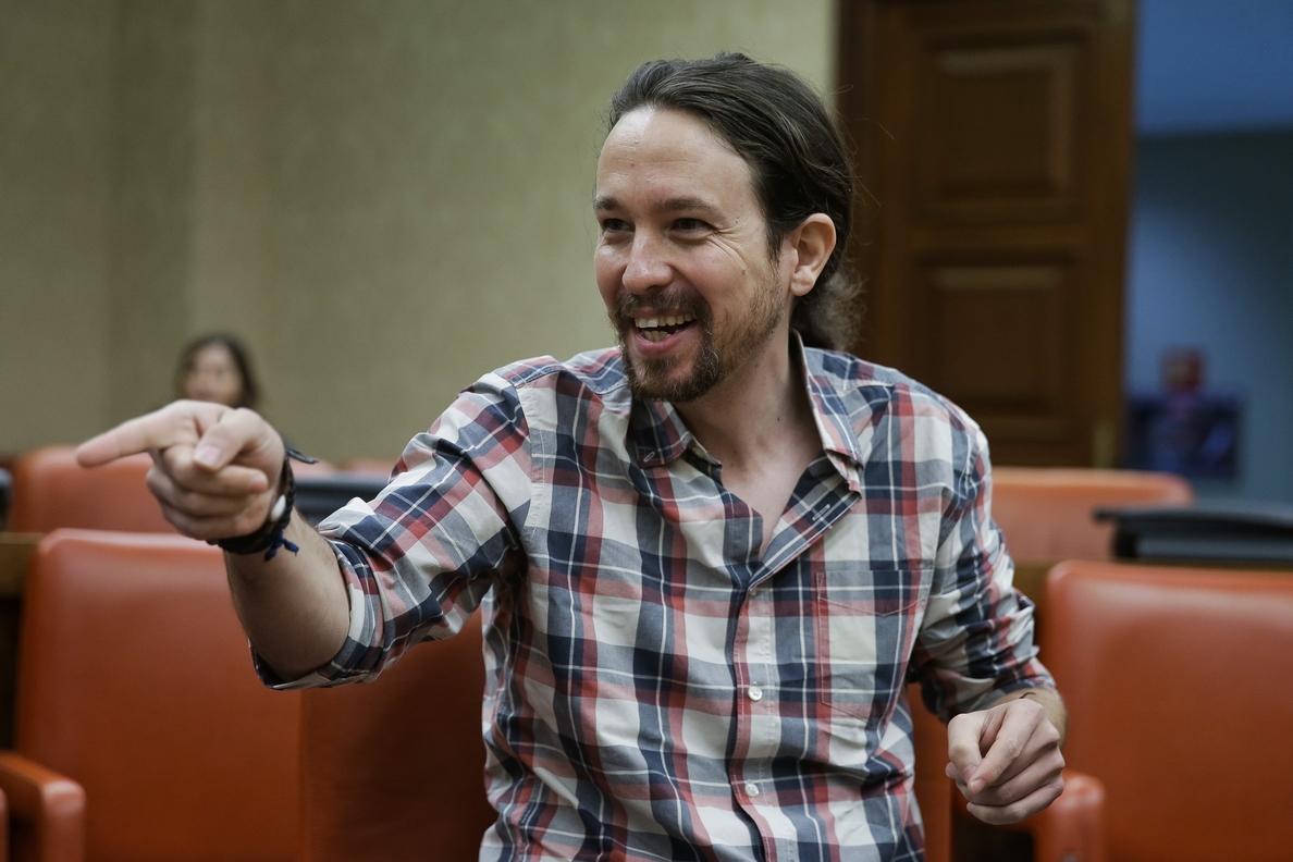 Iglesias dice que Podemos no llegó al Parlamento para dar visibilidad al Rey