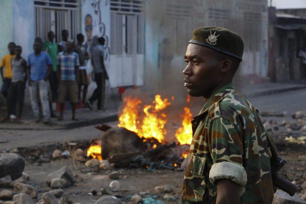 El asesinato del ministro de medioambiente aviva la tensión política en Burundi