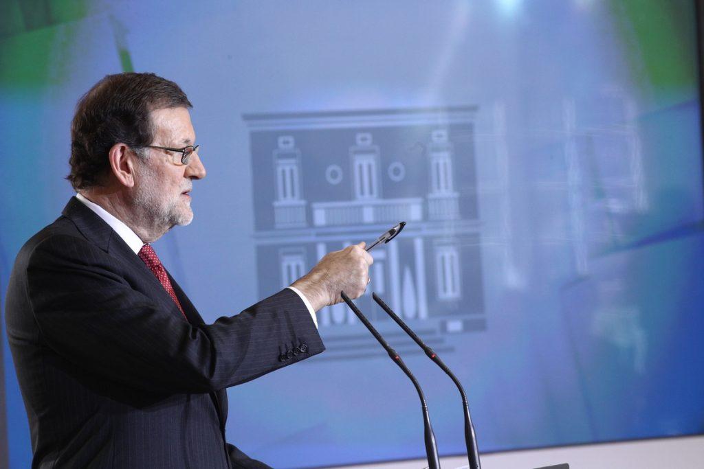 Rajoy, sobre la opción de gobernar 12 años: «Vamos a ver si somos capaces de construir entre todos y luego Dios dirá»