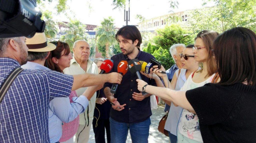 Podemos denuncia que PP, PSOE y C's quieren una ley de Educación «de palacio» sin contar con la comunidad educativa
