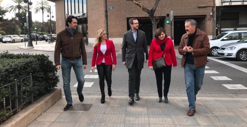 Maroto (PP) critica a la CUP por aprobar los presupuestos «del gobierno más populista de España, el de Cataluña»