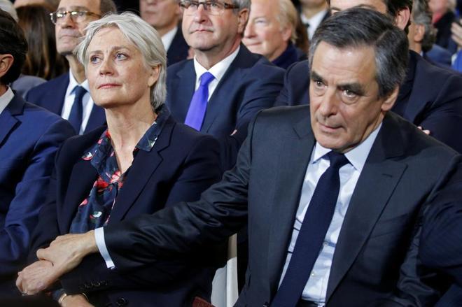 La mujer de Fillon cobró más de 900.000 euros con empleos bajo sospecha