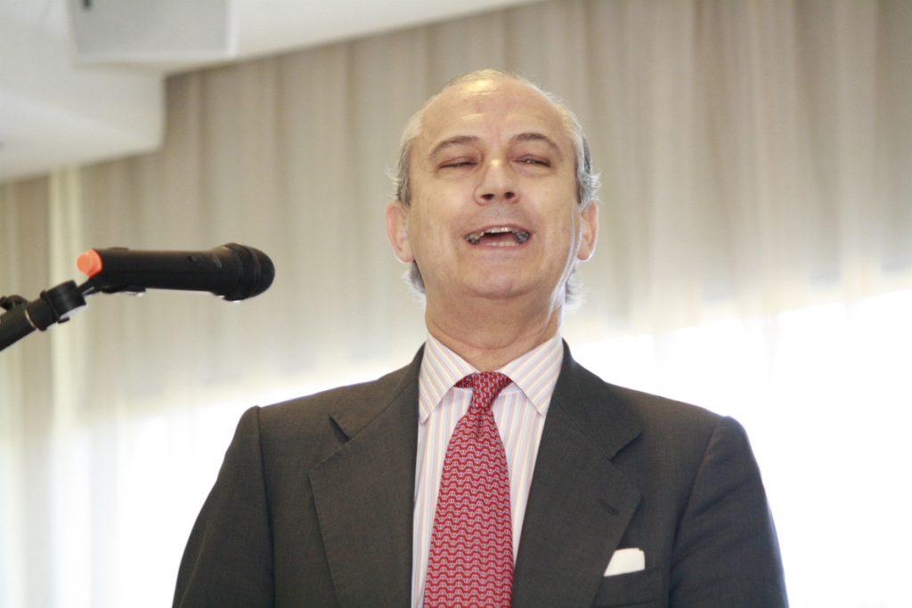El ex director general de la Guardia Civil Arsenio Fernández de Mesa, nuevo consejero de REE