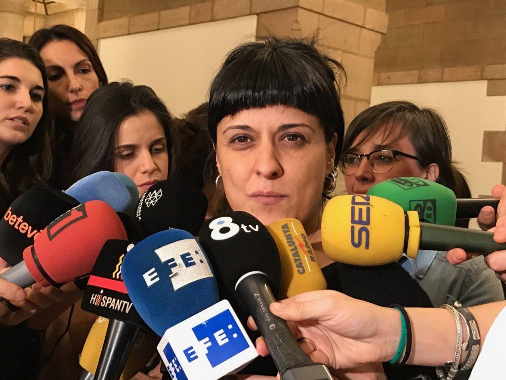 Gabriel (CUP) pide que el Pacte pel Referèndum explique al mundo que el Estado no deja votar