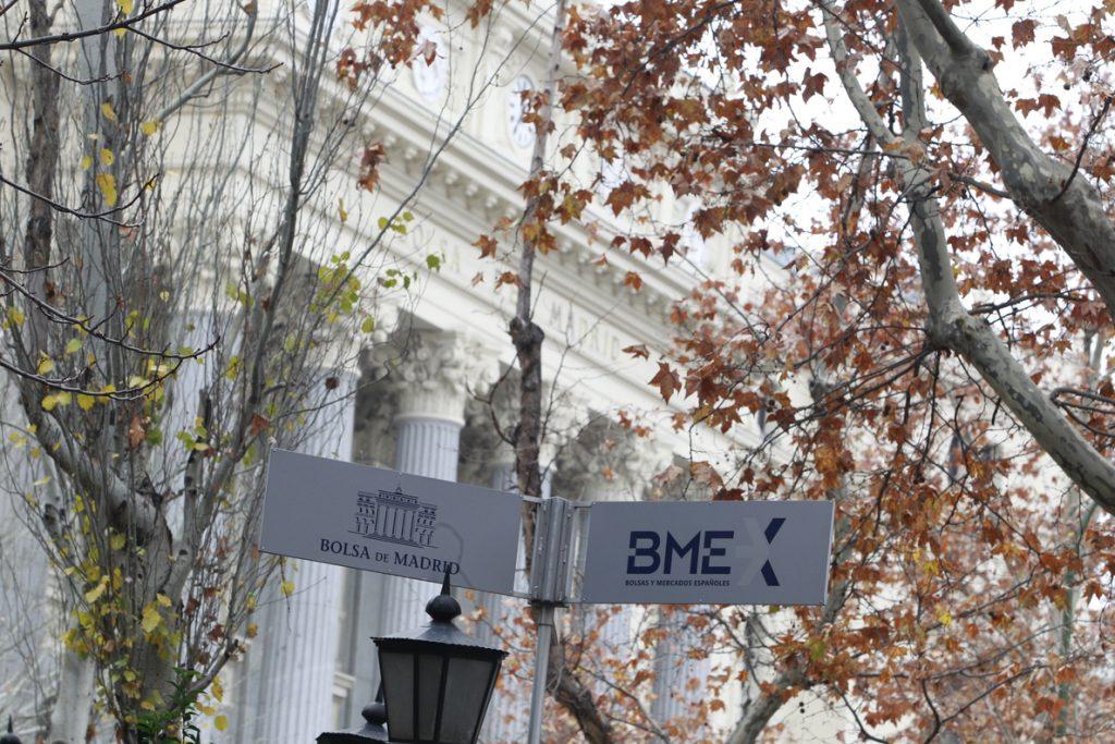 Blackrock se refuerza como primer accionista de Santander, Telefónica y BBVA