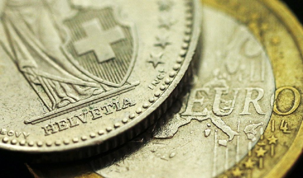 Cambios del euro del Banco Central Europeo del 3 de febrero de 2017