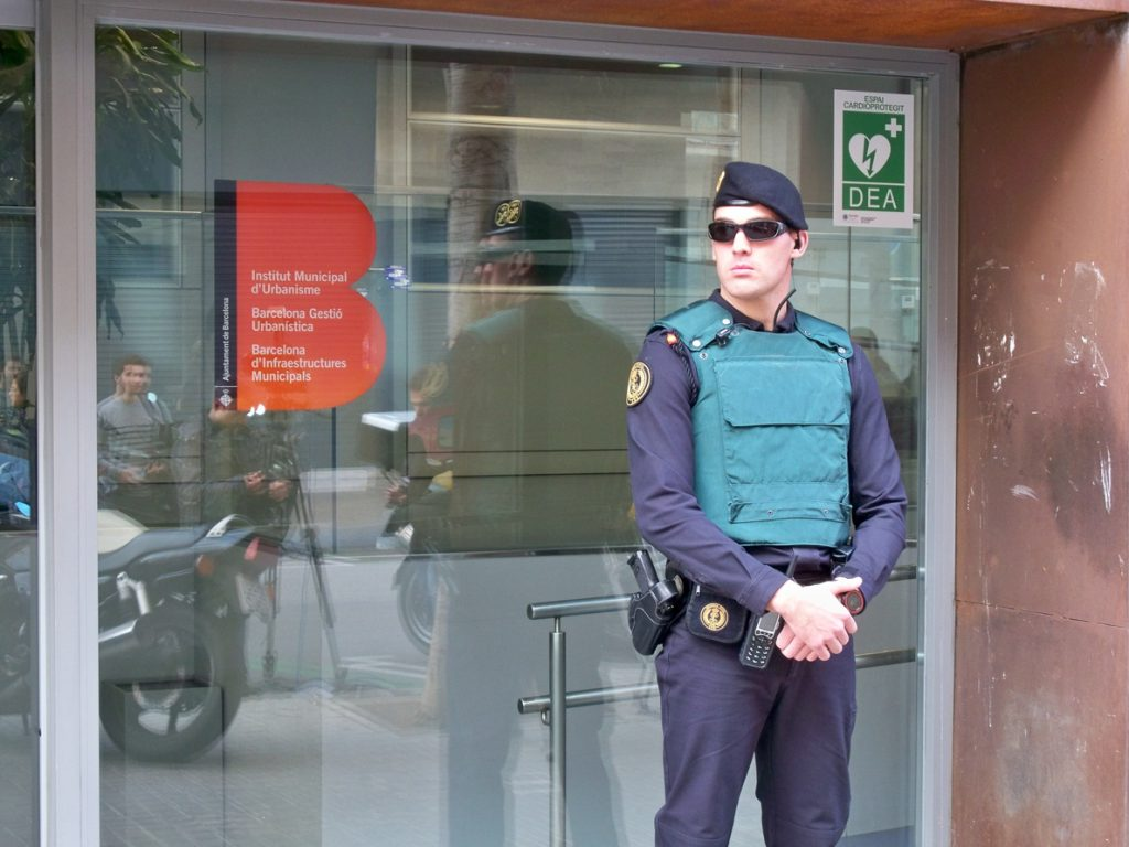 Dejan libre al extesorero de CDC Andreu Viloca tras pasar la noche en la comandancia