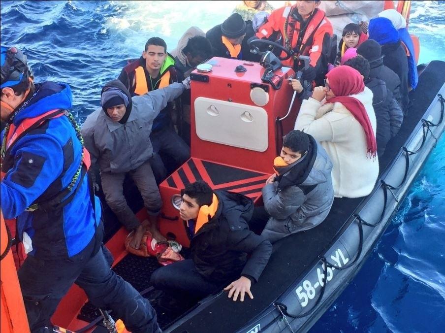 Rescatados 1.300 inmigrantes en más de una decena de operaciones en el Mediterráneo central