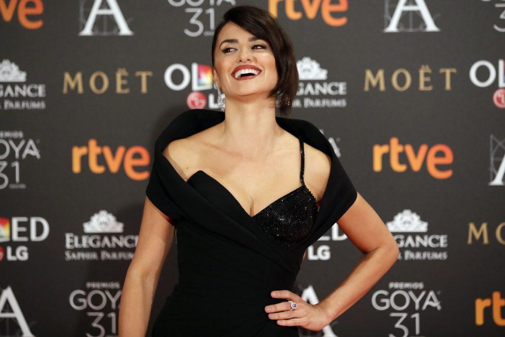 A Penélope Cruz le parece «alucinante» que Rajoy no haya visto las películas