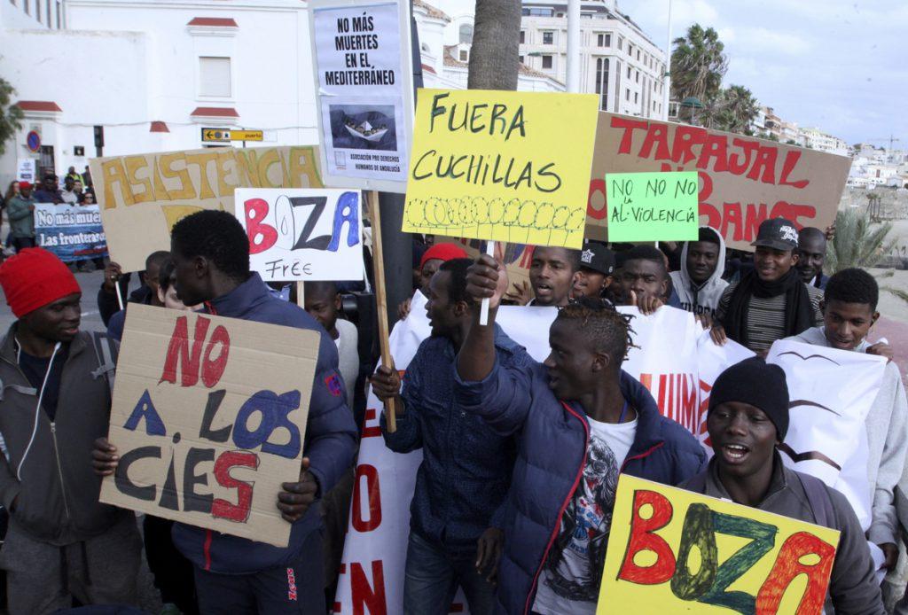 Una marcha reclama «derechos humanos» para los inmigrantes en las fronteras