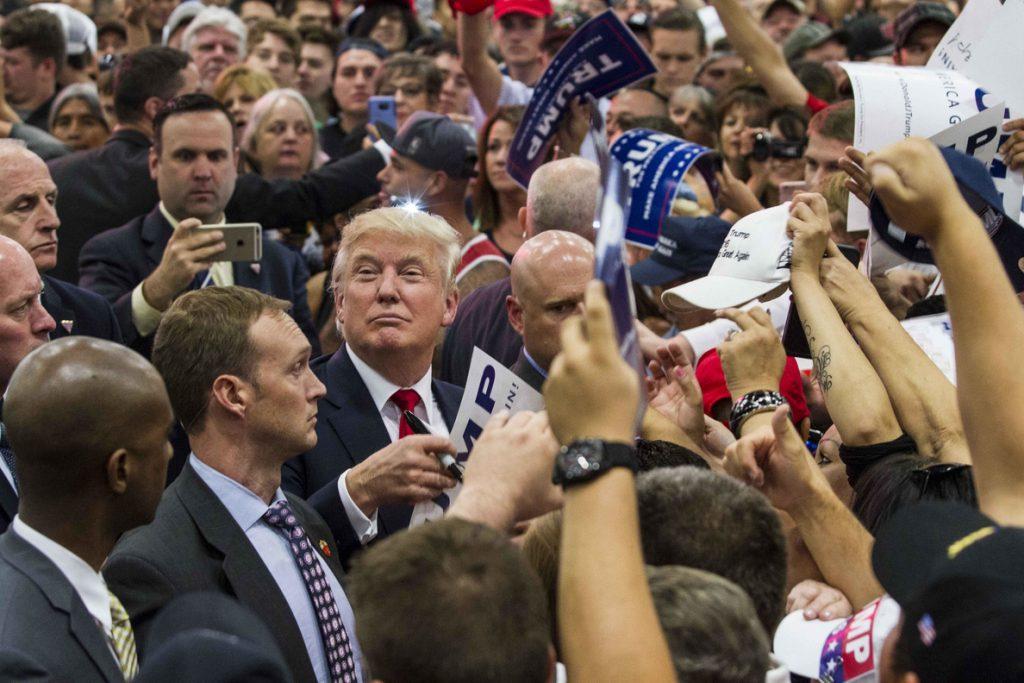Los votantes de Trump defienden «la ley y el orden» mientras el mundo se horroriza