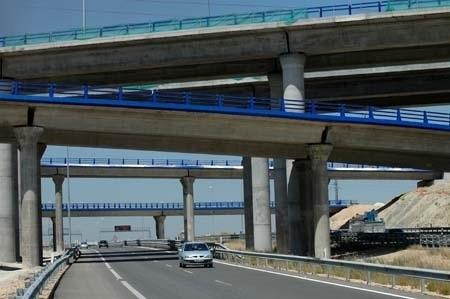 Fomento busca pagar la deuda de las autopistas que rescate con el cobro del peaje