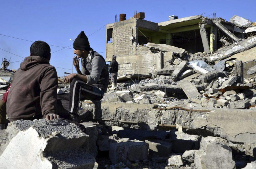El este de Mosul vuelve a una vida rudimentaria tras su liberación