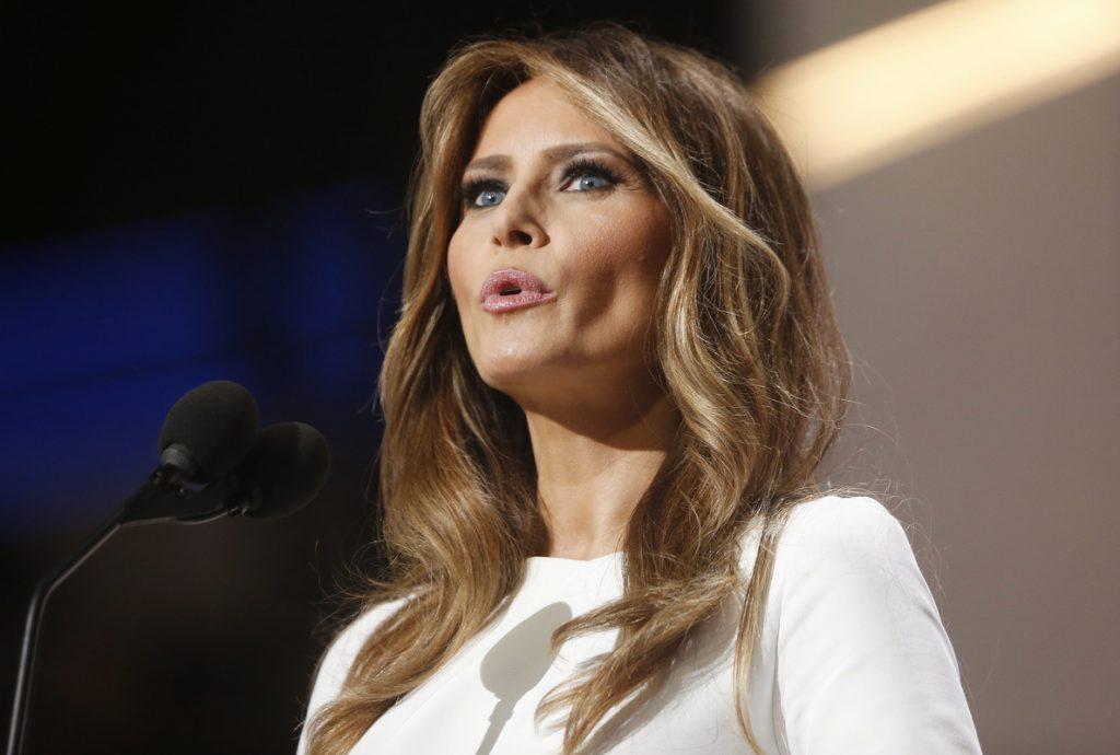 Melania Trump pide 141 millones de euros al «Daily Mail» por decir que fue «escort»