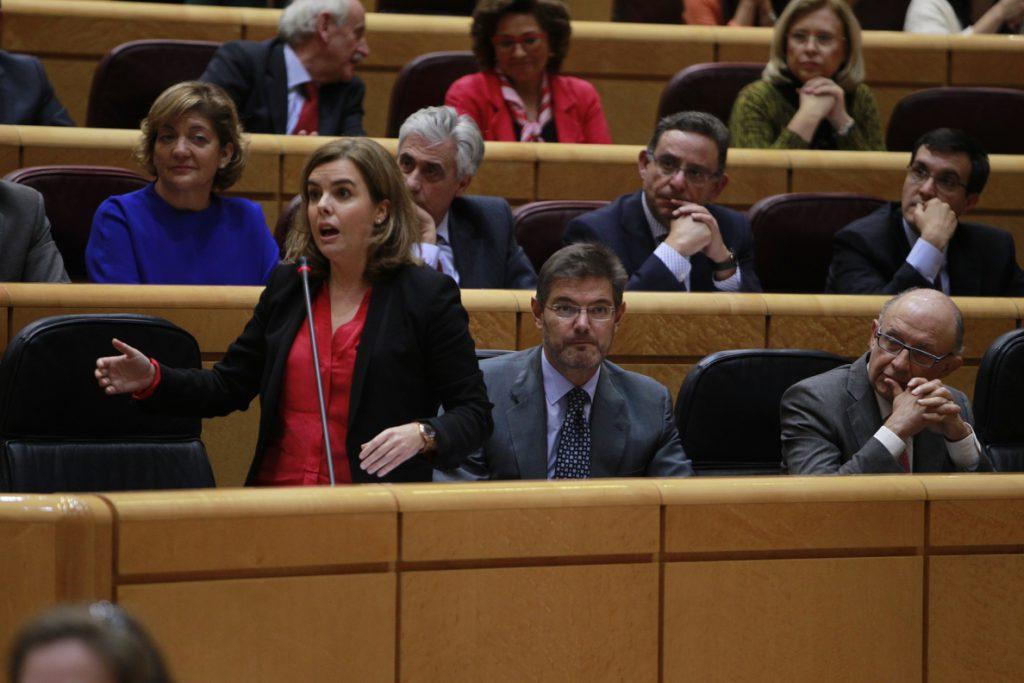 Santamaría, a ERC y CDC: «El referéndum no se va a celebrar ni en Cataluña ni en Baviera ni en Véneto»