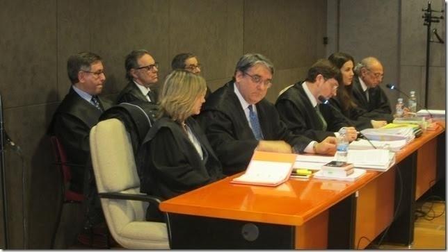 Mario Fernández dice que el objetivo era «buscar un empleo» a Cabieces «y no un puesto para cobrar»