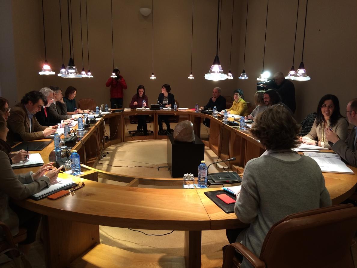 El pleno del Parlamento gallego volverá a debatir crear una comisión de investigación sobre el accidente del Alvia