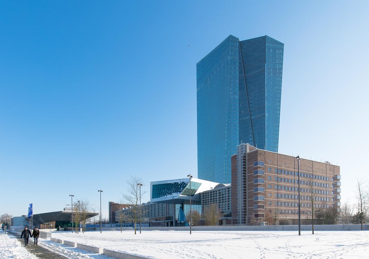 La deuda de la banca española con el BCE sube un 3,37% en enero, hasta los 144.583 millones