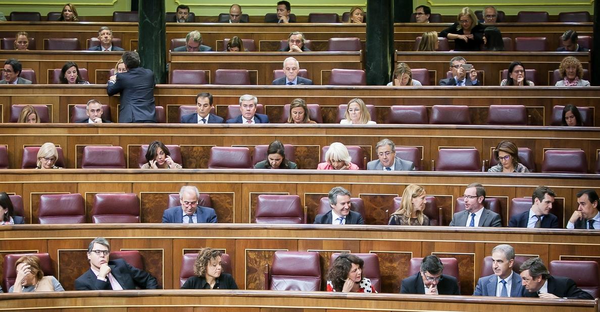 Errejón denuncia «malas formas» de diputados del PP en el Pleno del Congreso y avisa: «No nos vamos a amilanar»