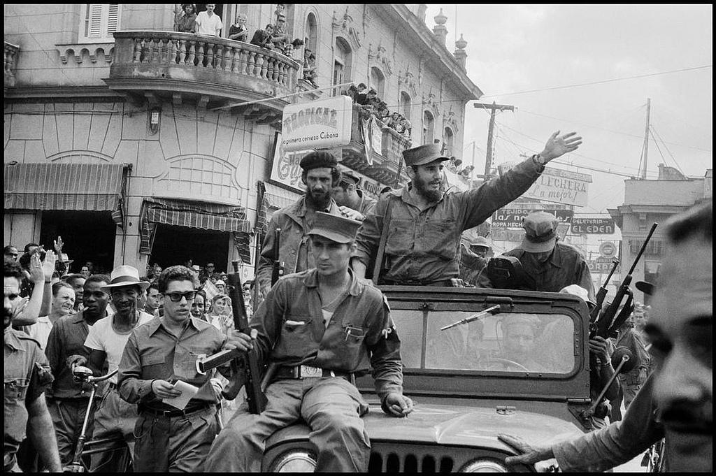 Fidel Castro instaura su dictadura tras acabar con la de Batista