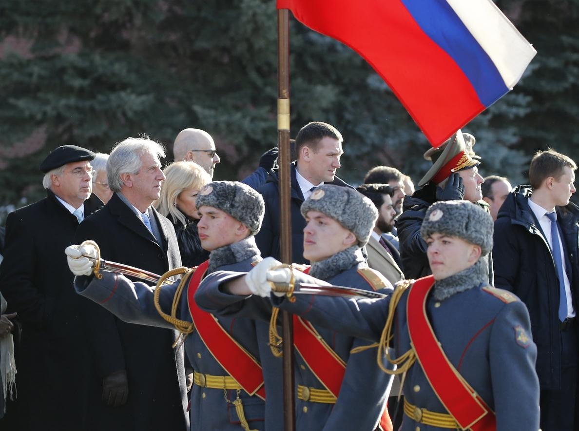 Tabaré Vázquez espera mejorar relaciones con Rusia, «más fuertes que nunca»
